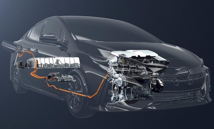 Hybrydowy układ napędowy Toyoty Prius Plug-in Hybrid /