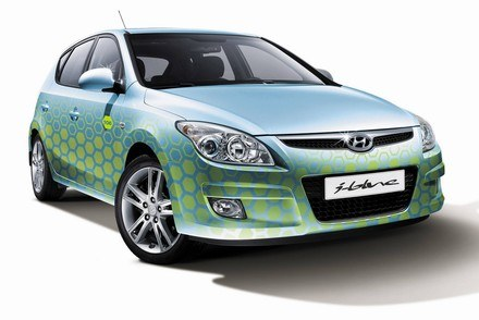 Hyundai i30 blue /