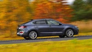 Hyundai i30 Fastback 1.6 CRDi 7DCT Premium – test
