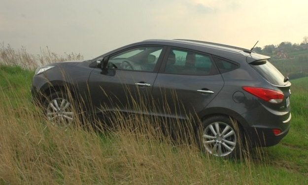 Hyundai ix35 jest dostępny w wersji 4x4 i 4x2. /