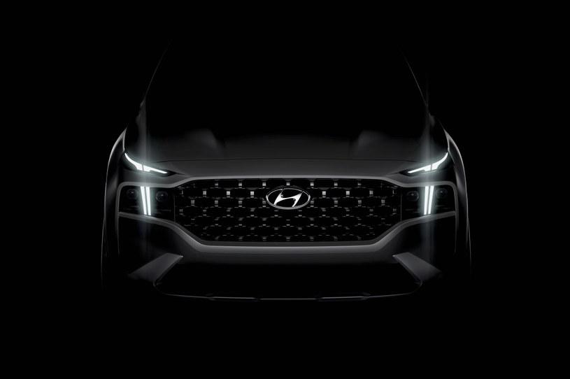 Hyundai Santa Fe /