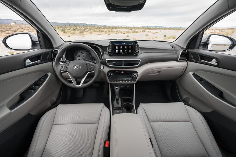 Hyundai Tucson /
