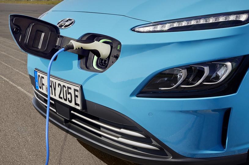 Hyundai udostępni kierowcom Ubera elektryczne modele Kona i IONIQ /