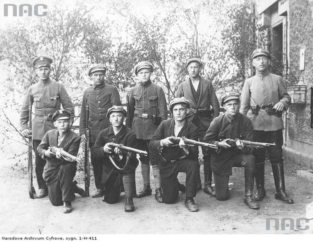 I powstanie śląskie, 1919, n/z grupa powstańców /Z archiwum Narodowego Archiwum Cyfrowego
