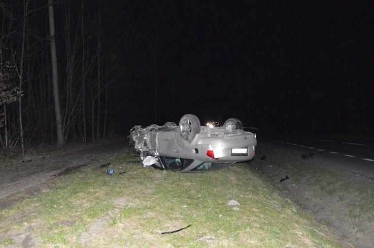 ... i wymusił pierwszeństwo na wyprzedzającym go pijanym kierowcy Audi /Policja