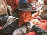 """Iain Glen w filmie """"Lara Croft: Tomb Raider"""" /"""
