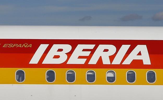 Iberia i trzy inne linie lotnicze z tej grupy odwołały ponad 1200 lotów w związku ze strajkiem /AFP