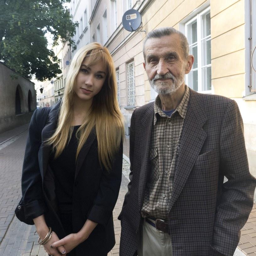 Ida Nowakowska z ojcem Markiem Nowakowskim, 2003 r. /Czeslaw Czaplinski/FOTONOVA /East News