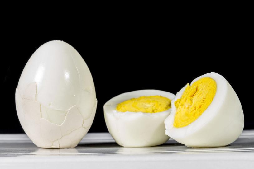 Idealne jajka na twardo? Nic prostszego! /123RF/PICSEL