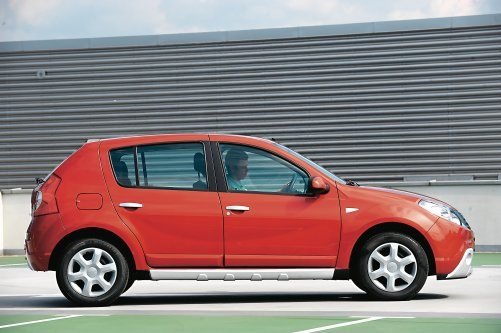 Idealny samochód dla osób, które nie mają zaufania do skomplikowanej technologii. /Motor