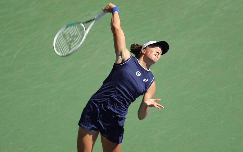 Iga Świątek może zadebiutować w finałach WTA /AFP