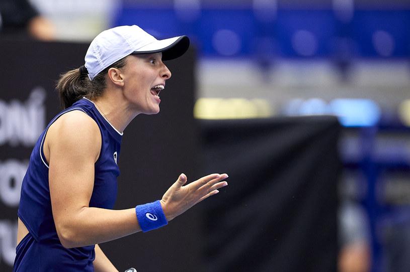 Iga Świątek pokonała Jelenę Rybakinę i zameldowała się w półfinale ostrawskiego turnieju /Adam Nurkiewicz / Stringer /Getty Images