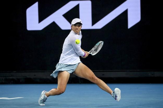 Iga Świątek w pojedynku 3. rundy Australin Open z Francuzką Fioną Ferro /Jason O'Brien /PAP/EPA