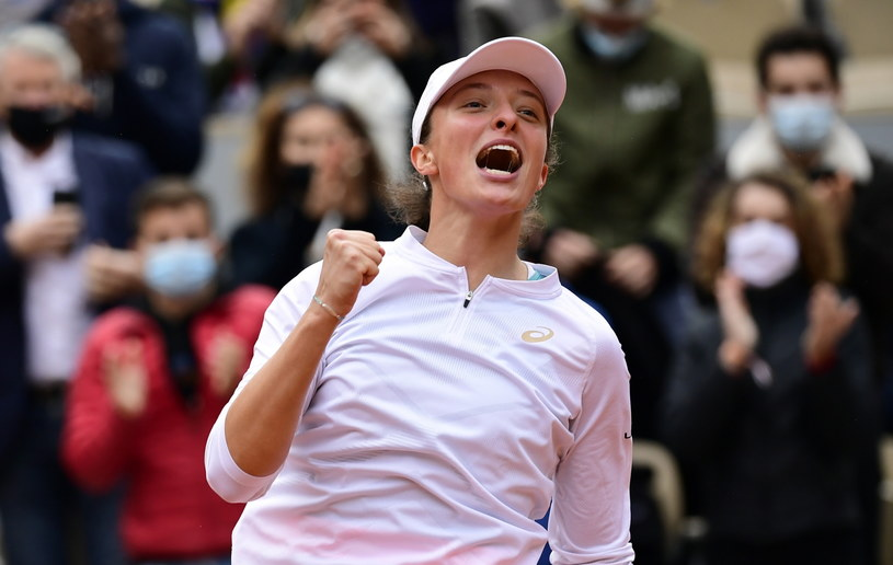 Iga Świątek wygrywa French Open! /PAP