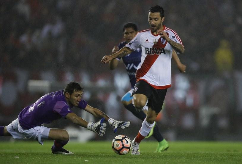 Ignacio Scocco strzelił pięć goli w meczu z Jorge Wilstermann Cochabamba /PAP/EPA