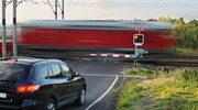 """Ignacy Góra, prezes Urzędu Transportu Kolejowego: do 70 proc. wypadków na kolei dochodzi na przejazdach kolejowych i """"dzikich przejściach"""""""