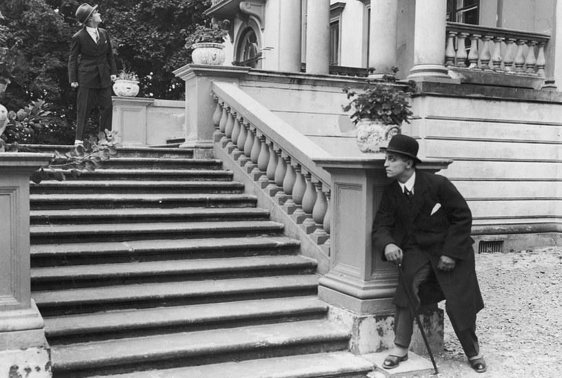"""Igo Sym (z lewej) zadebiutował w filmie """"Wampiry Warszawy"""" w 1925 roku. Do dziś nie zachowała się żadna kopia /Narodowe Archiwum Cyfrowe /domena publiczna"""