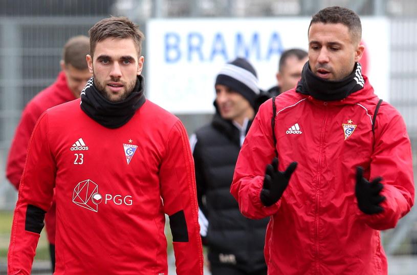 Igor Angulo (z prawej) / Andrzej Grygiel    /PAP