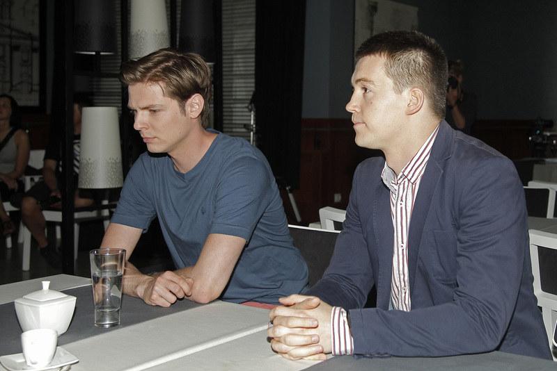 Igor (Kamil Kula) i Artur (Krzysztof Kwiatkowski) /Jordan Krzemiński /AKPA