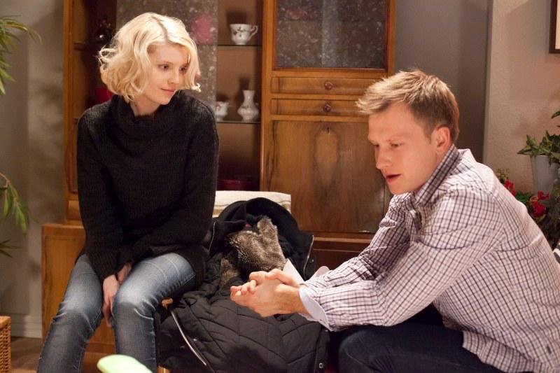 Igor (Kuba Wesołowski) wraca z Anglii i pragnie spotykać się nie tylko ze swoją córeczką, ale także z jej matką. /Agencja W. Impact