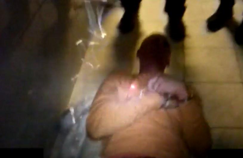 """Igor S. był """"przesłuchiwany"""" w policyjnej toalecie /TVN24"""