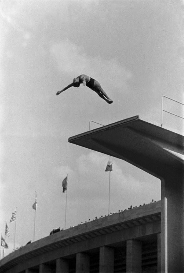 Igrzyska Olimpijskie w Berlinie, skoki z wieży, 1936, © United Archives /materiały prasowe