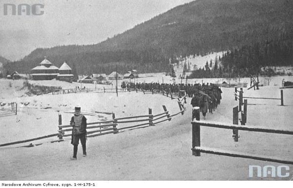 Walki II Brygady Legionów pod Rafajłową podczas działań na froncie wschodnim - pochód rezerwy na pozycje, 1914