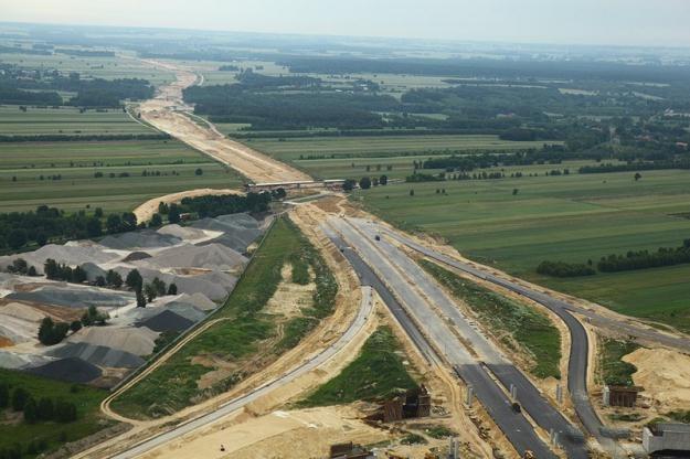 Ile autostrad zostanie ukończonych przed Euro? / Fot: Krzysztof Trela /Reporter