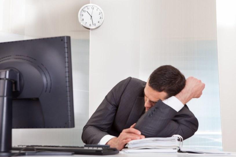 Ile czasu marnujemy w pracy? /123RF/PICSEL