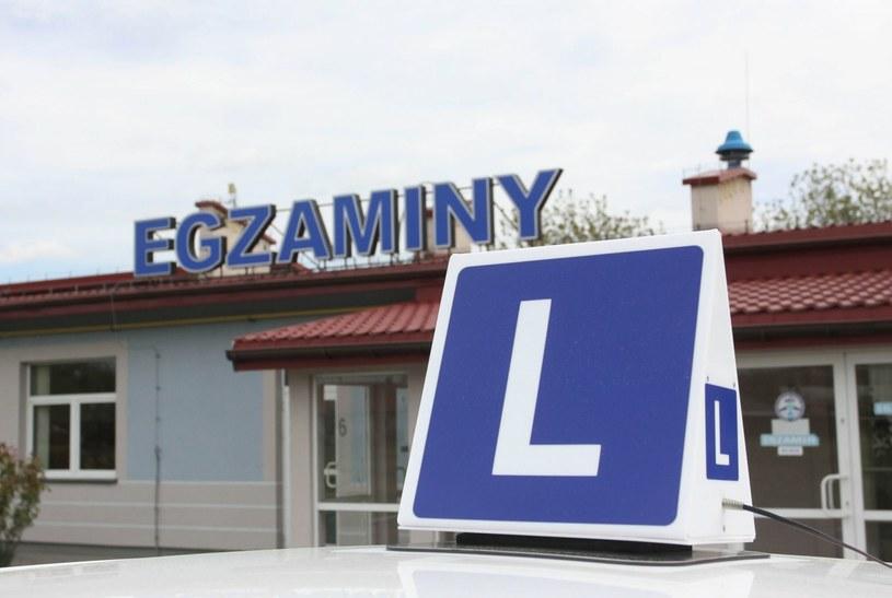 Ile dzisiaj kosztuje uzyskanie prawa jazdy kategorii B? /Kamil Krukiewicz/REPORTER /Agencja SE/East News