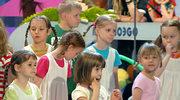 Ile godzin dzieci oglądają TV?