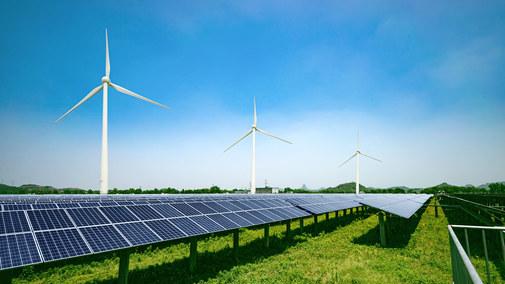 Ile kosztuje budowa farmy słonecznej i jak szybko się zwróci?