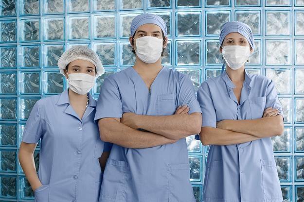 Ile kosztuje leczenie nowotworu? Nie zdajemy sobie sprawy z rzeczywistych kosztów /©123RF/PICSEL