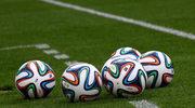 Ile mundialowych piłek kupisz za średnią pensję?