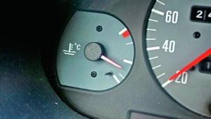 Ile paliwa wchodzi do zbiornika?