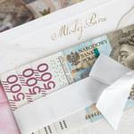 Ile pieniędzy dać w kopercie młodej parze? Oto aktualne stawki 2021
