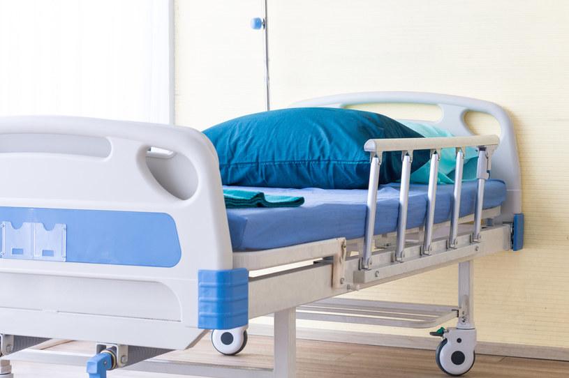 Ile wolnych łóżek i respiratorów w szpitalach? /Picsel /123RF/PICSEL