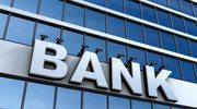 Ile zarabia menedżer w banku?
