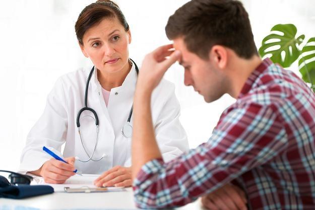 Ile zarabiają lekarze w USA? /123RF/PICSEL