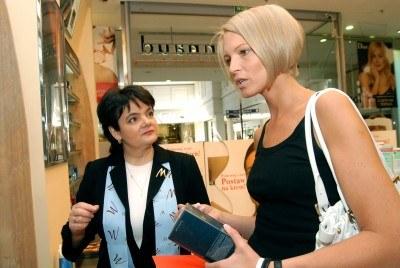 Ilona Felicjańska i konsultantka Marionnaud /materiały prasowe