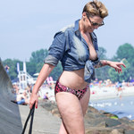 Ilona Felicjańska z narzeczonym na plaży. Ale widoki!