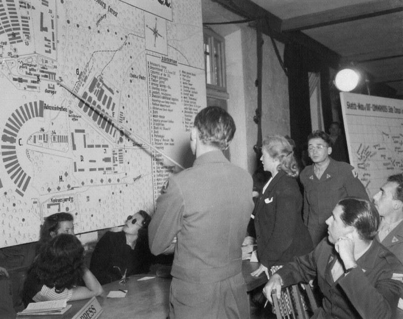 Ilse koch w czasie posiedzenia sądu wojskowego. Dachau, 1947 /materiały prasowe