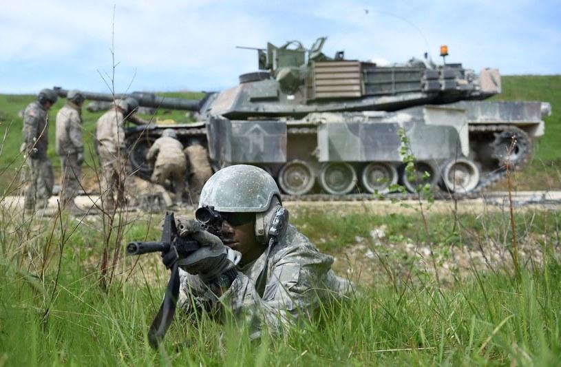 Ilu żołnierzy wzmocni wschodnią flankę NATO? /AFP
