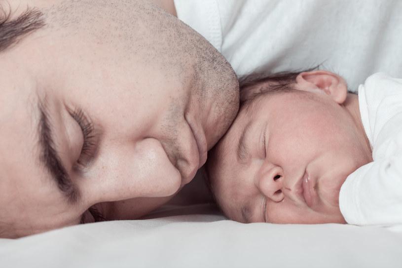 Im więcej czasu dziecko spędza z tatą, tym lepiej /123RF/PICSEL