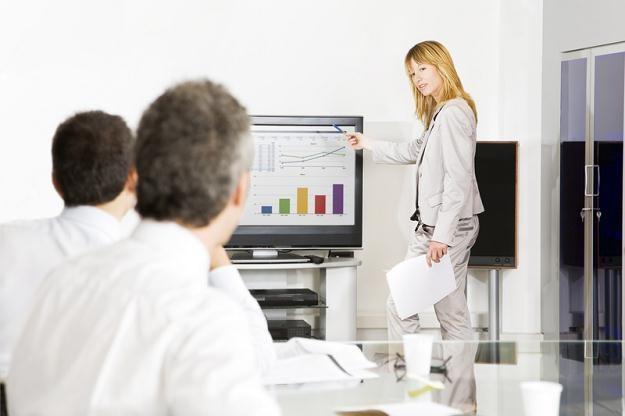 Im większe przedsiębiorstwo, tym bardziej inwestuje w podnoszenie kompetencji pracowników /© Panthermedia
