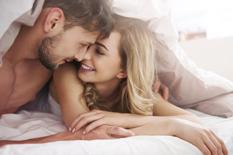 Im większe wykazujemy zadowolenie i zdrowie ogólne, tym większa jest nasza sprawność seksualna /123RF/PICSEL