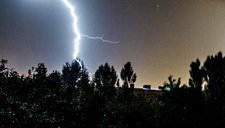 IMGW ostrzega: Nadciągają burze z gradem