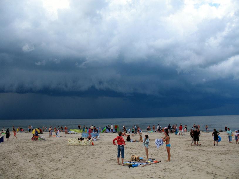 IMGW ostrzega przed burzami z gradem m.in. na wybrzeżu /fot. Tomasz Cwik  /Reporter