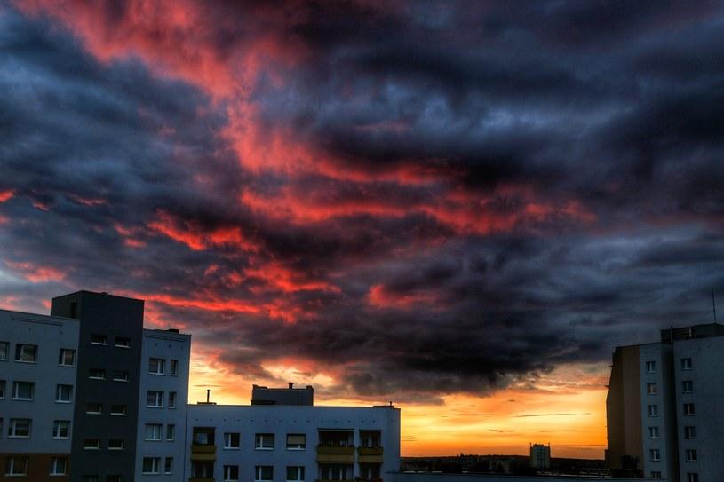 IMGW ostrzega przed burzami, zdj. ilustracyjne /Tomasz Kawka /East News