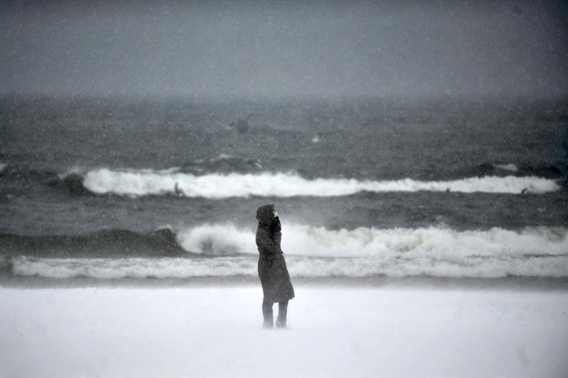 IMGW ostrzega przed intensywnymi opadami śniegu w Zachodniopomorskiem /Piotr Matusewicz /East News